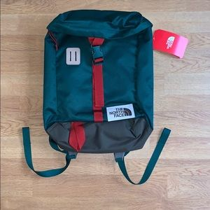 NWT The North Face Top Loader Daypack - Green/ Red